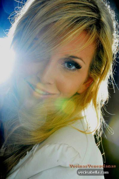 Barbi Morana hermosa catira venezolana